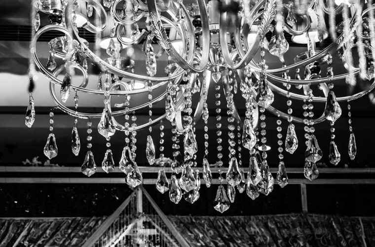 art-black-and-white-chandelier-decoration-small